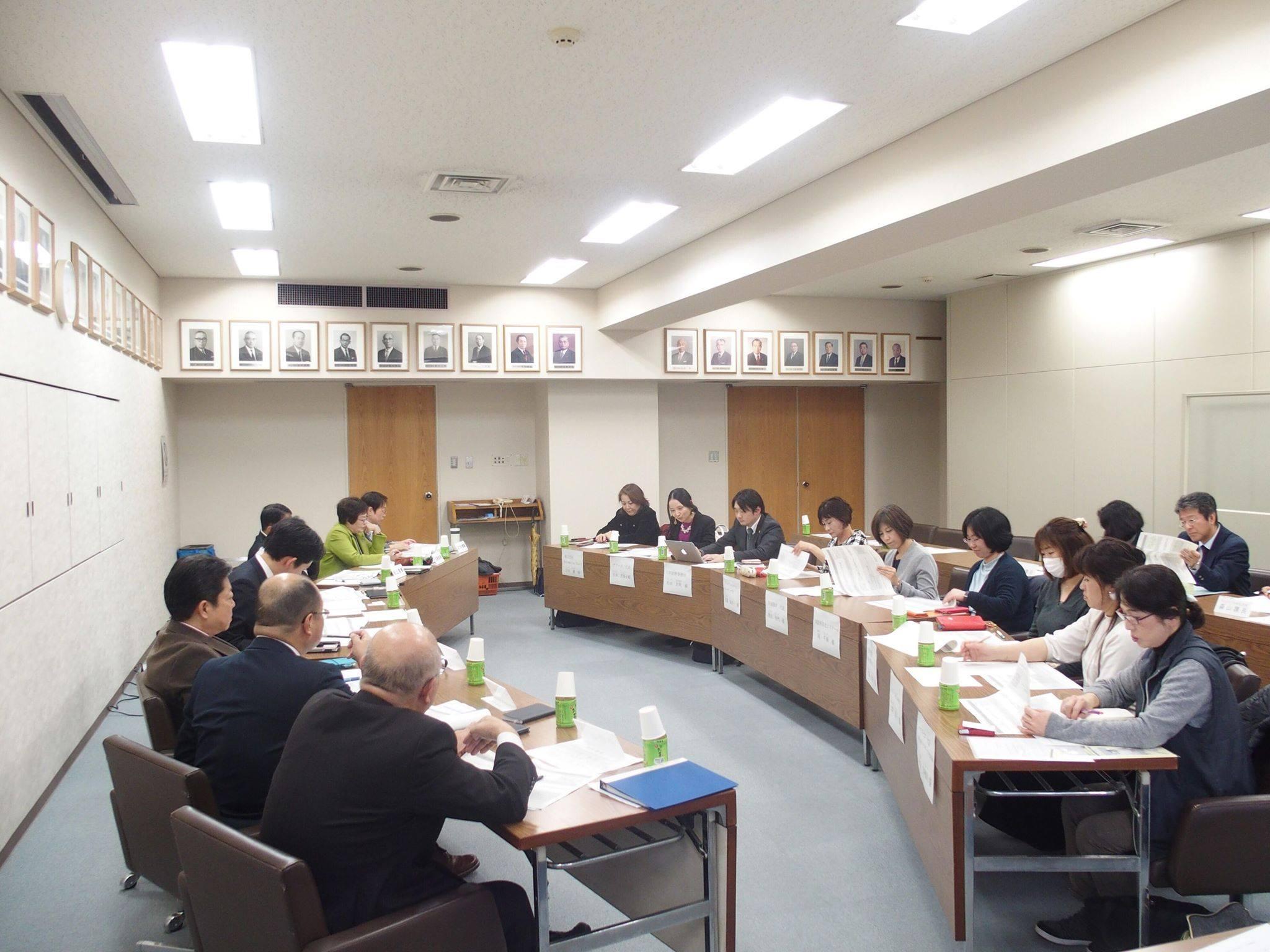 女性起業家と民生常任委員との勉強会
